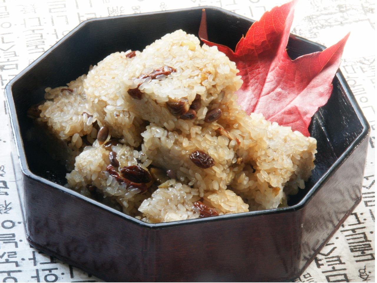 韓流お赤飯 薬飯(ヤッパップ)
